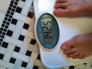 Weigh yourself daily |Tri Holistic Nutrition