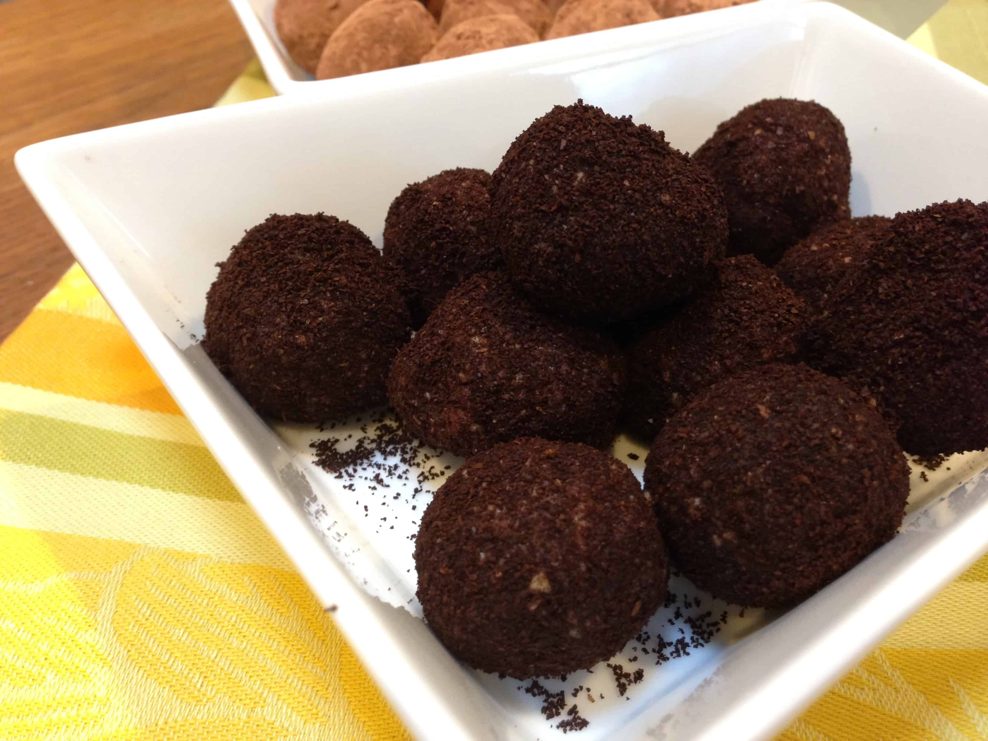 Chocolate Coffee Truffles | Paleo| Tri Holistic Nutrition